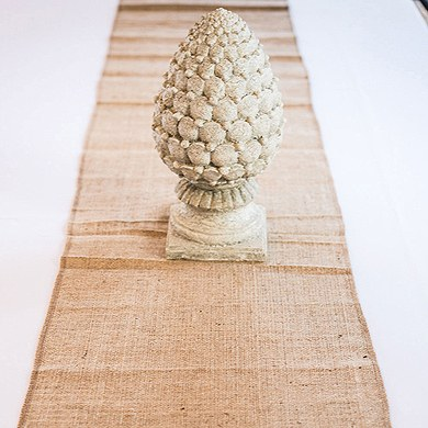 Burlap table runner_Real-Brides-Wedding-Essentials_Fall-Wedding-Decor