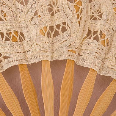 Antique Lace Bridal Hand Fan
