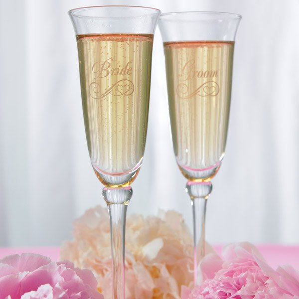 Gift Guide for the bride-to-be - Etched champagne flutes