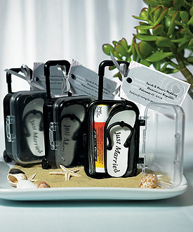 mini travel trolley wedding favors