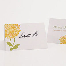 Zinnia Bloom Place Card With Fold