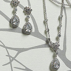 Flower & Pear Drop in Silver Jewelry